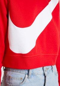 Nike Sportswear - CREW - Sweatshirt - university red/white - 5