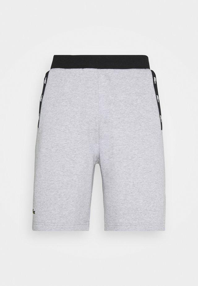 SHORT - Korte sportsbukser - silver chine/black