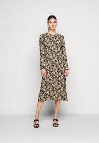 PIECES Tall - PCDAGMAR DRESS - Kjole - black - 0