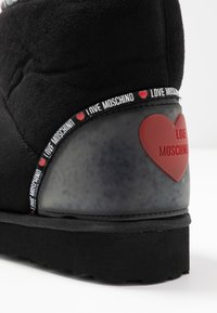 Love Moschino - WINTER LOVE - Classic ankle boots - black - 2