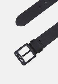 Levi's® - CONTRAST BELT - Belt - regular black - 1