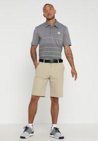 adidas Golf - SHORT - Sportovní kraťasy - raw gold - 1