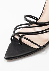 RAID - GLADDIN - Sandaler med høye hæler - black - 2