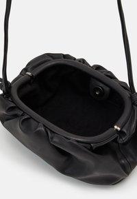 Steve Madden - NIKKI POUCH - Across body bag - black - 2