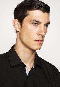 HUGO - KOEY - Formal shirt - black - 3