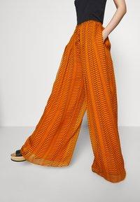 Diane von Furstenberg - ADAIR - Trousers - orange - 3
