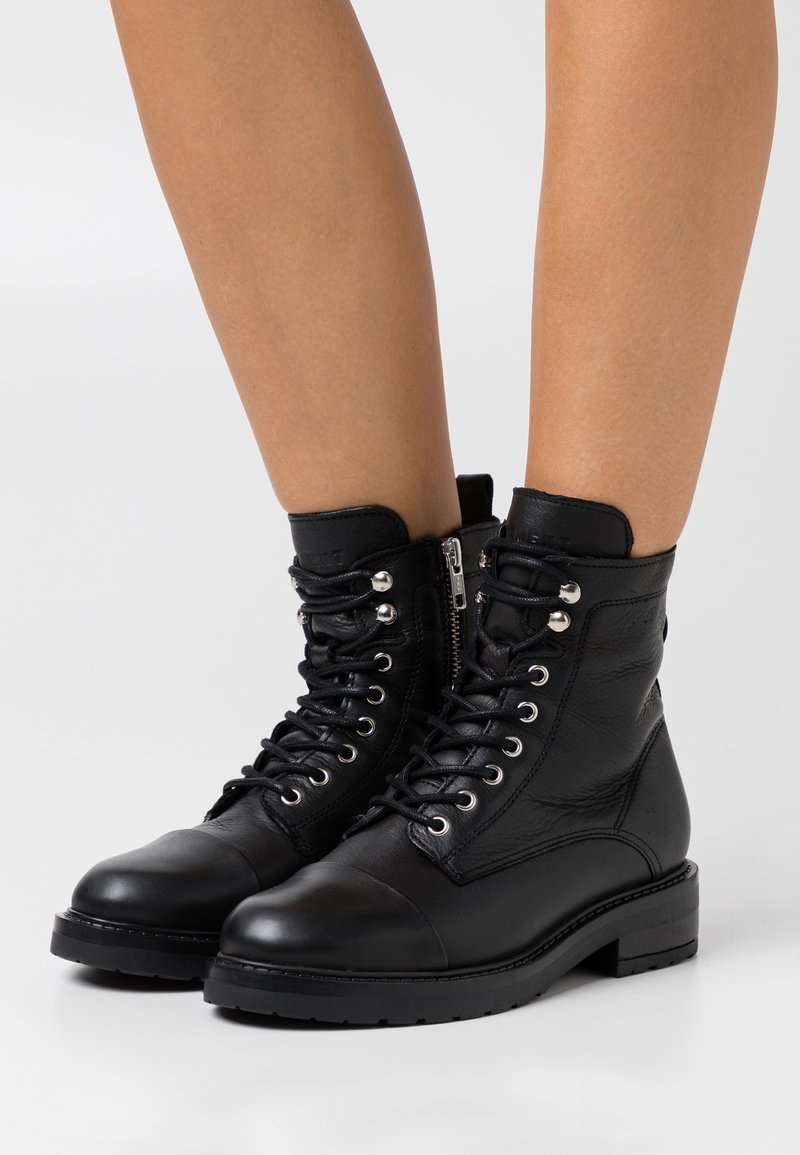 Pavement - CHARLEY  - Lace-up ankle boots - black garda/silver