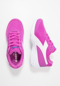 Diadora - EAGLE 3 - Neutral running shoes - purple/white - 0
