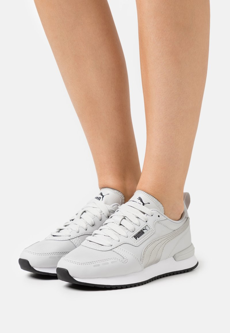 Puma - Trainers - gray violet/silver