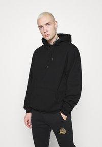 Mennace - FIRE HOODIE - Sweatshirt - black - 0