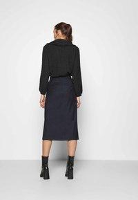 IVY & OAK - ANICE - Pencil skirt - navy blue - 2
