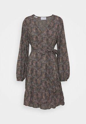 SLFMABEL SHORT DRESS - Vardagsklänning - black