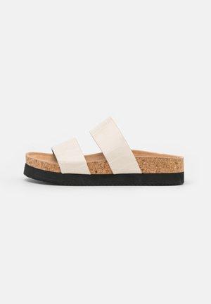 Slippers - white/dusty light