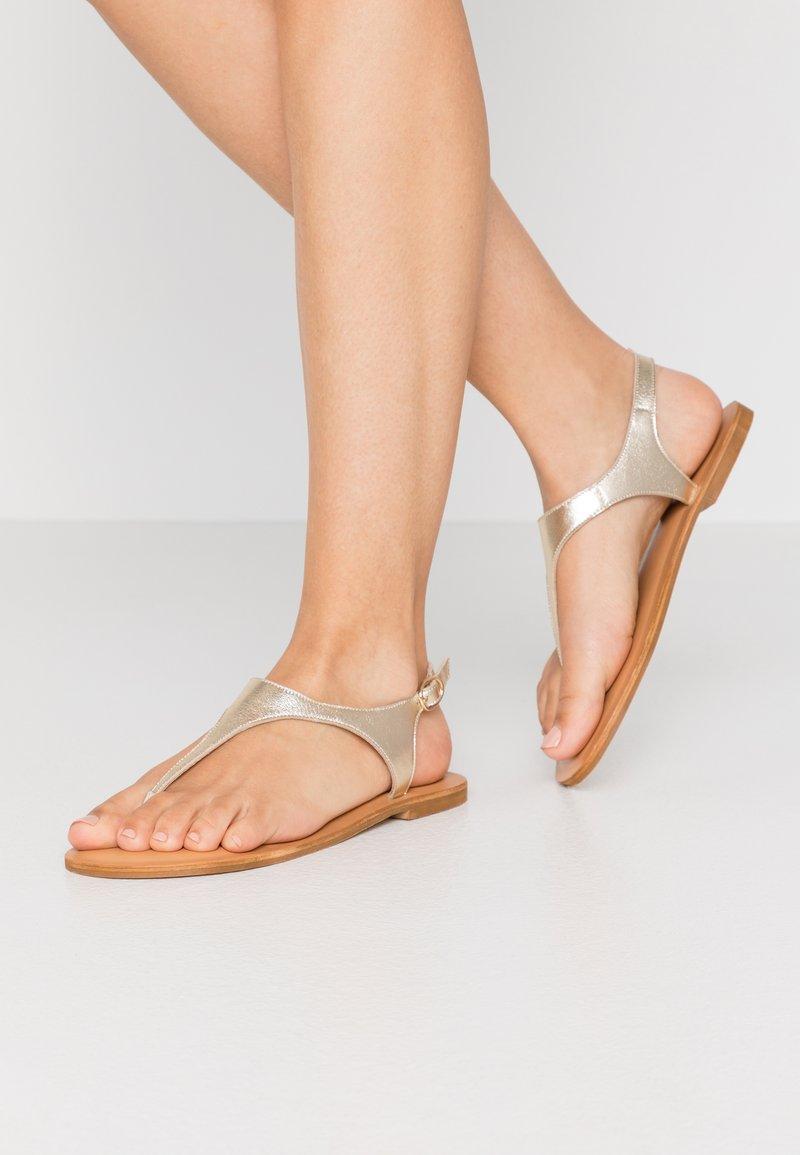 Zign - T-bar sandals - gold