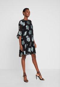 InWear - DRESS - Cocktailkjoler / festkjoler - multi color - 2