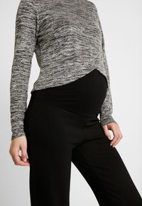 Cotton On - MATERNITY CROSS OVER FRONT LONG SLEEVE - Sweter - grey twist - 4
