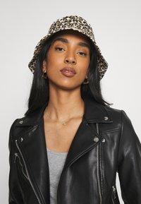 Vero Moda - VMHOPE COATED JACKET - Faux leather jacket - black - 3