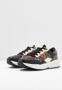 Victoria Shoes - ARISTA ANIMAL PRINT - Trainers - black - 4