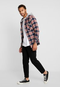 Redefined Rebel - RRCOLE - Shirt - brick red - 1