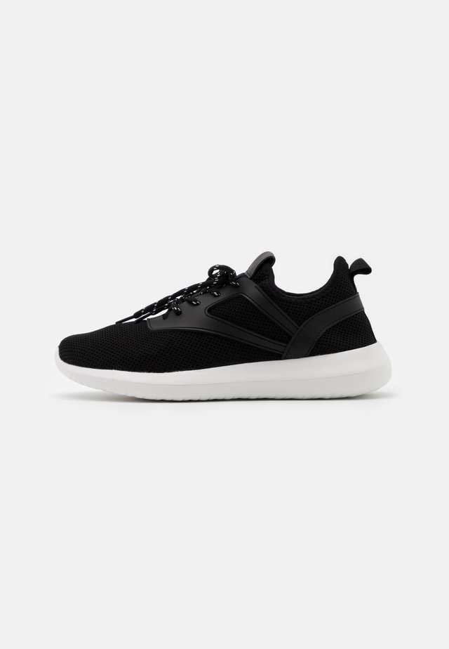 WIDE FIT KALA - Sneakers laag - black
