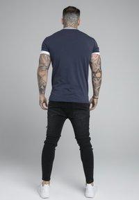 SIKSILK - ROLL SLEEVE TEE - Basic T-shirt - navy/white - 2