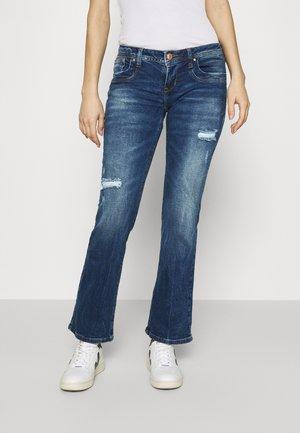 VALERIE - Bootcut jeans - lorea wash