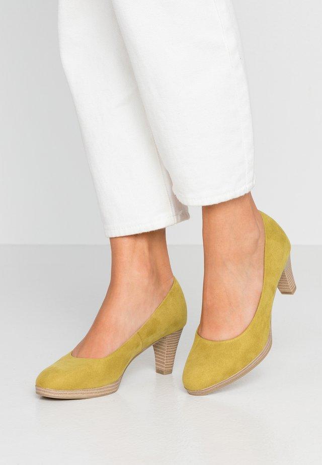 WOMS COURT SHOE - Klassiske pumps - lime