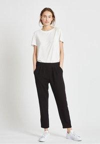 Minimum - SOFJA - Trousers - black - 0