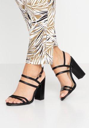BAILEY - Sandály na vysokém podpatku - black