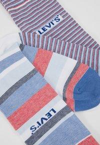 Levi's® - REGULAR CUT STRIPE STORY 2 PACK - Ponožky - white/blue/red - 2