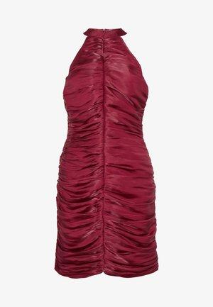 RUCHED HALTER BODYCON MINI DRESS - Vestido de cóctel - red
