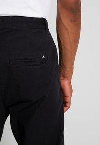 Jack & Jones - JJIJEFF JJTRENDY - Chino kalhoty - black - 3