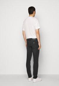 Emporio Armani - Slim fit jeans - grey - 2