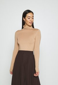 New Look - ROLL NECK - Long sleeved top - camel - 0