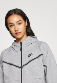 Nike Sportswear - Cardigan - dk grey heather/black - 4