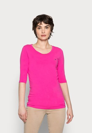 ESSENTIAL SOLID - Basic T-shirt - hot magenta