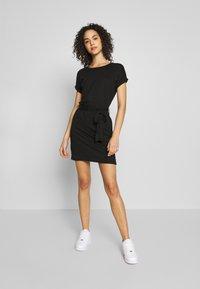 Even&Odd - BASIC - Short sleeves mini belted dress - Vestido ligero - black/black - 1