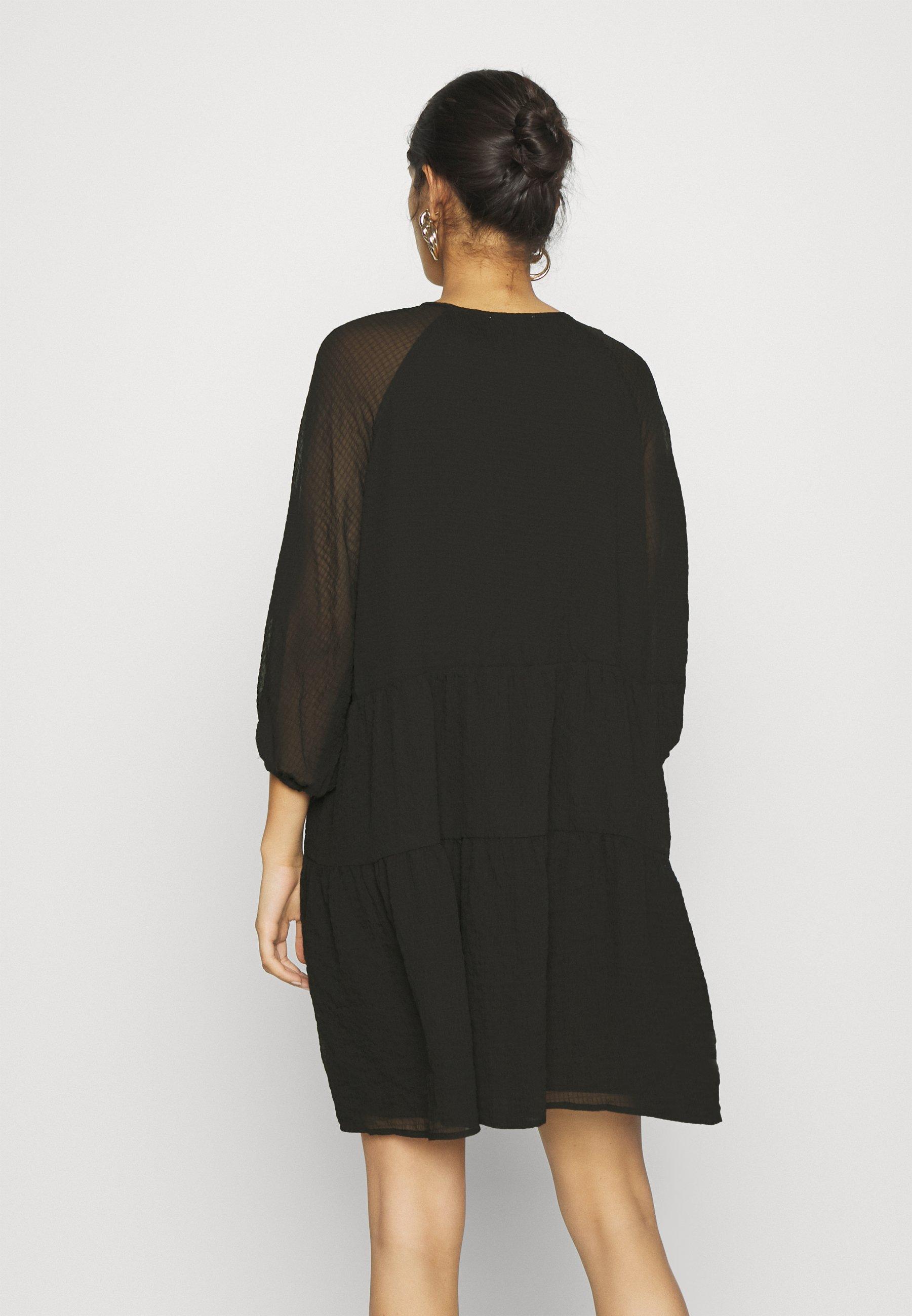 EDITED MAROU DRESS Freizeitkleid schwarz