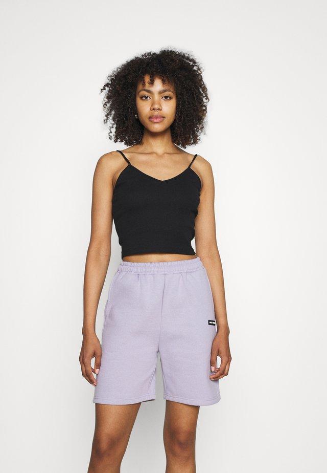 LOGOCOLLAGE - Shorts - violetice