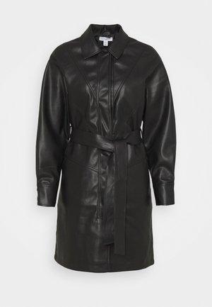 BELTED SHAKETT - Krátký kabát - black