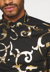Twisted Tailor - AXL SHIRT - Košile - black - 3