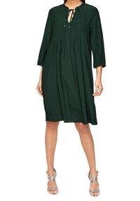 s.Oliver BLACK LABEL - Day dress - leaf green - 4