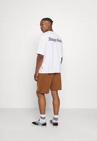 YOURTURN - UNISEX - T-shirts med print - white - 2