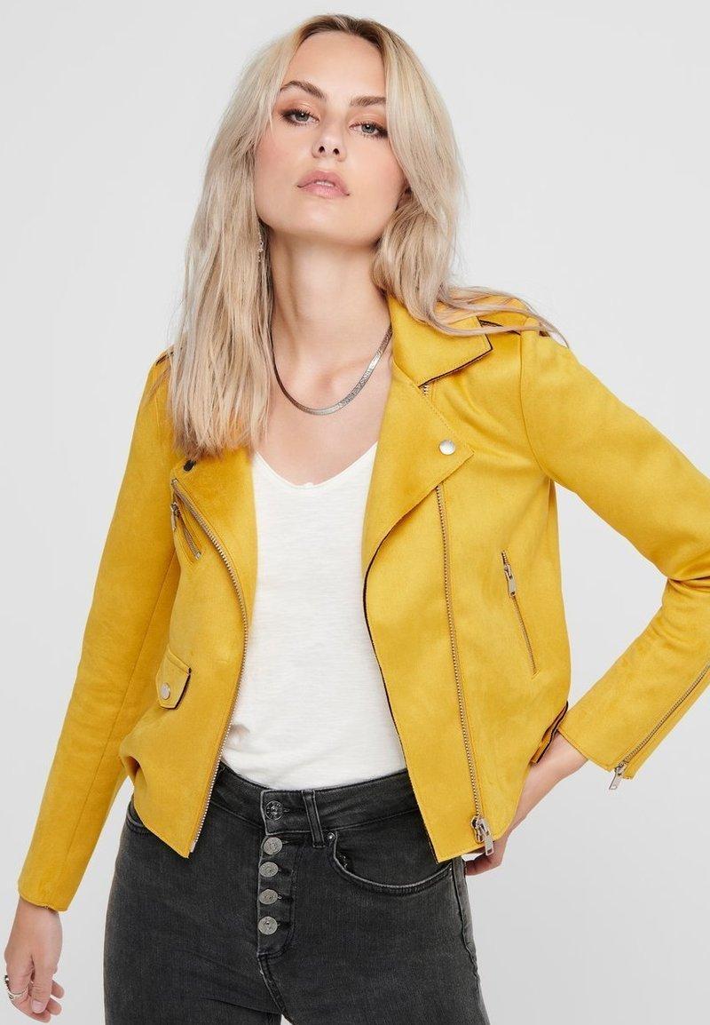 ONLY - BIKER - Veste en similicuir - golden yellow
