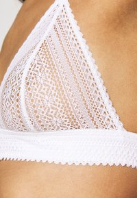 Etam - SUBLIME TRIANGLE - Triangle bra - white