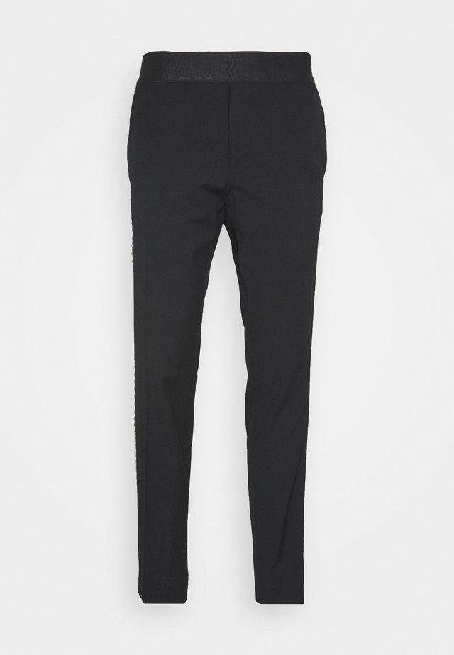 PANTS GRECOSIA - Pantalon de costume - black