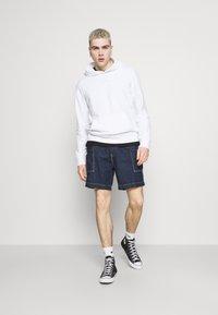 Hollister Co. - Sweatshirt - white solid - 1