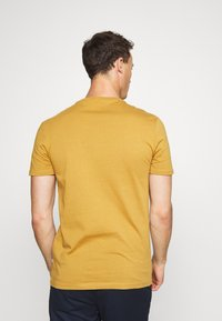 Pier One - Basic T-shirt - brown - 2