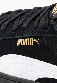 Puma - VIKKY STACKED - Sneakers - black/white - 2