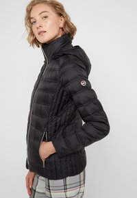 MICHAEL Michael Kors - SHORT PACKABLE PUFFER WITH HOOD - Down jacket - black - 6